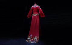 真丝金线手工刺绣 · 翩跹  顶级秀禾服品鉴