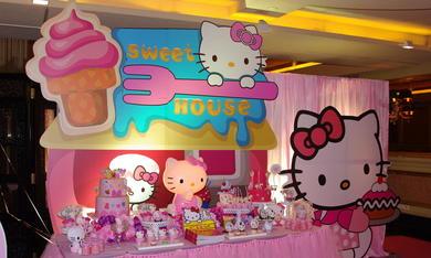 HELLO KITTY主题甜品桌