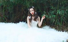 透视婚纱 谁说新娘只能端庄?