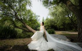 标定 个性创意外景婚纱