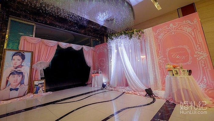婚礼手绘师1名