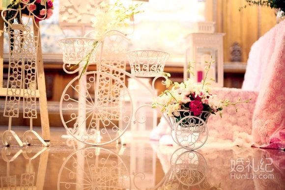 1,婚礼个性设计制作花艺迎宾牌(50*60cm)  2,婚礼个性迎宾牌欧式铁艺