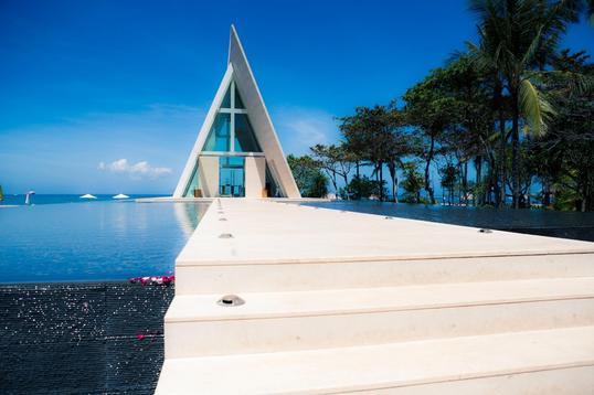 巴厘岛港丽无限教堂婚礼套系