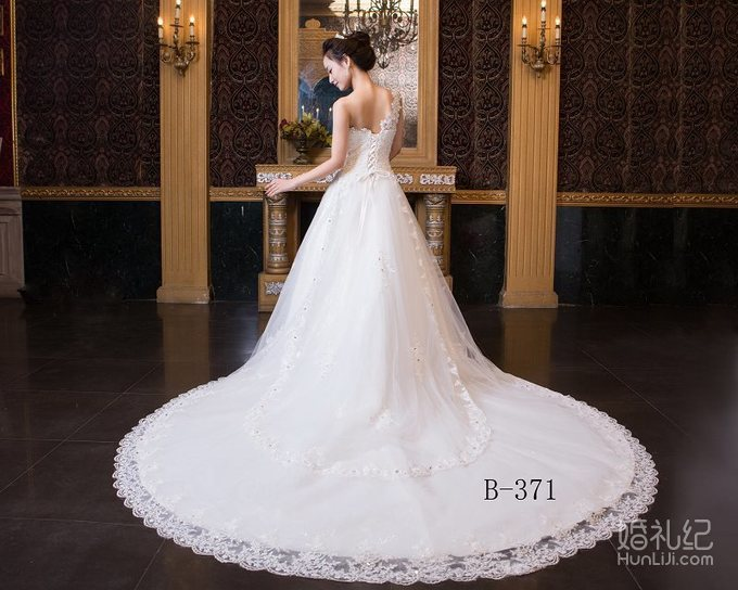 新款性感抹胸水滴钻长拖婚纱,婚纱礼服设计作品欣赏