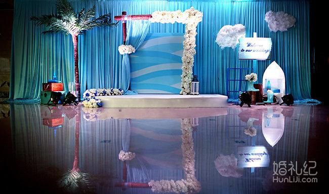 豪华花艺签到台布置,签到装饰摆件以及婚礼主色调花