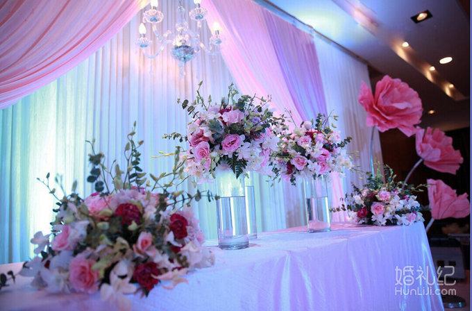 婚礼帷幔吊顶图片