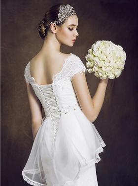 MISS LINA婚纱礼服精美4件套