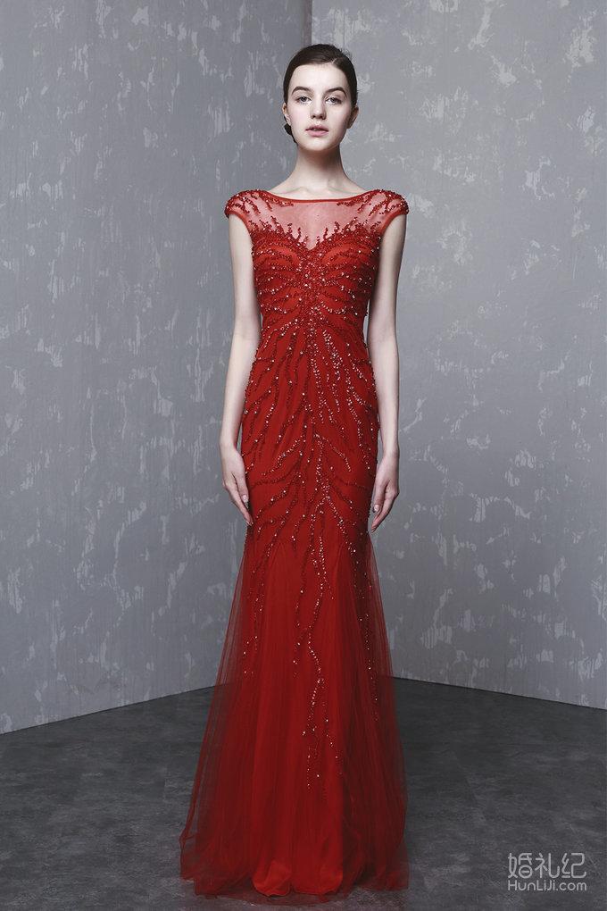 红色全身钉珠齐地晚礼服
