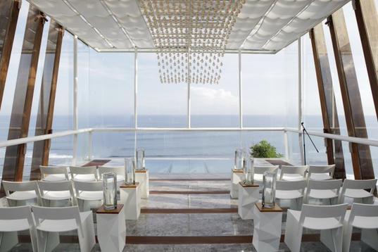 巴厘岛水晶教堂童话婚礼含机票 4机位高清摄影摄像