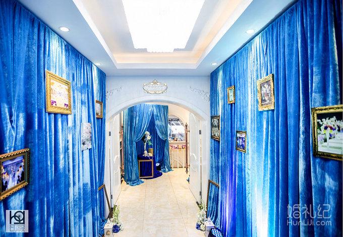 迎宾区 迎宾走廊 舞台背景 - 主色调装饰 led大屏及星空幕布,简约