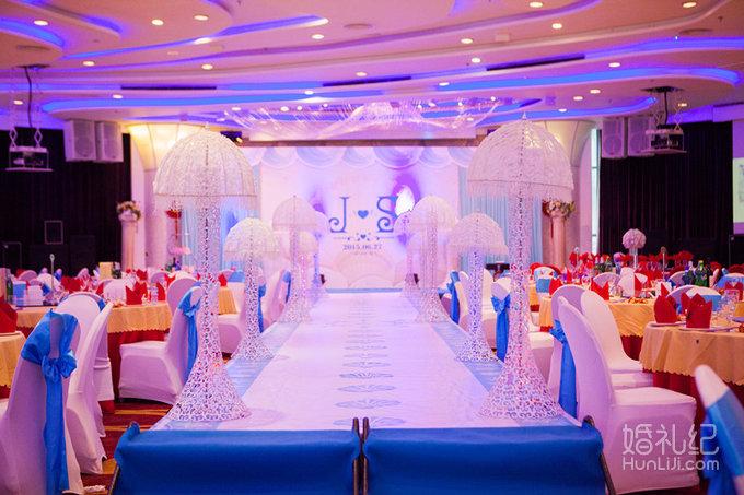 8米 舞台区 1,海洋主题设计喷绘桁架背景搭建,尺寸:长9米*高4米一套 2