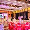 粉紫色浪漫婚礼 全靠伴郎恶搞活跃气氛