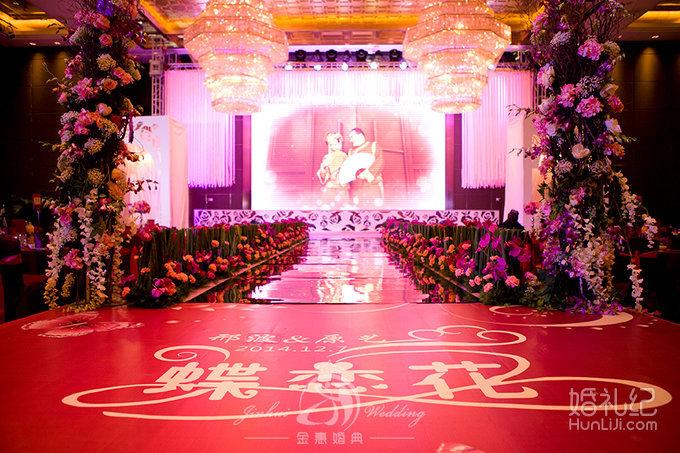 """主舞台和""""t""""台艺术布 10米t型台 罗马柱鲜花路引8个 欧式铁艺花房一个"""