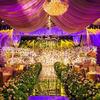 因为爱花所以在婚礼现场铺满了花朵!