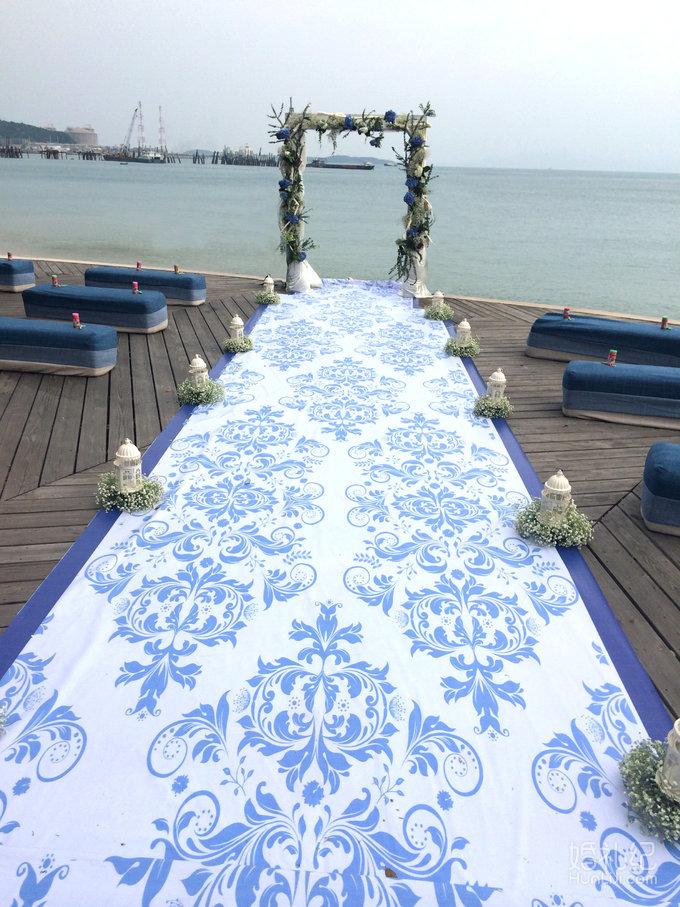 宝蓝色海边婚礼