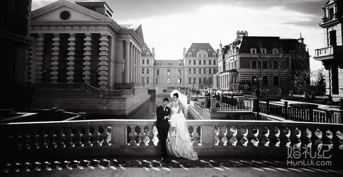 拍摄风格:文艺复古风 拍摄景点:大连金夫人-东方明珠-威尼斯小镇
