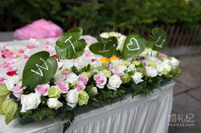 欧式鲜花半花拱门一座或炫彩水晶亭一座