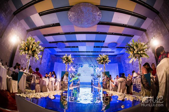 结婚纪�y��yd�&����_《灰色系波普风》蔓兰,婚礼策划公司,婚礼纪 hunliji.