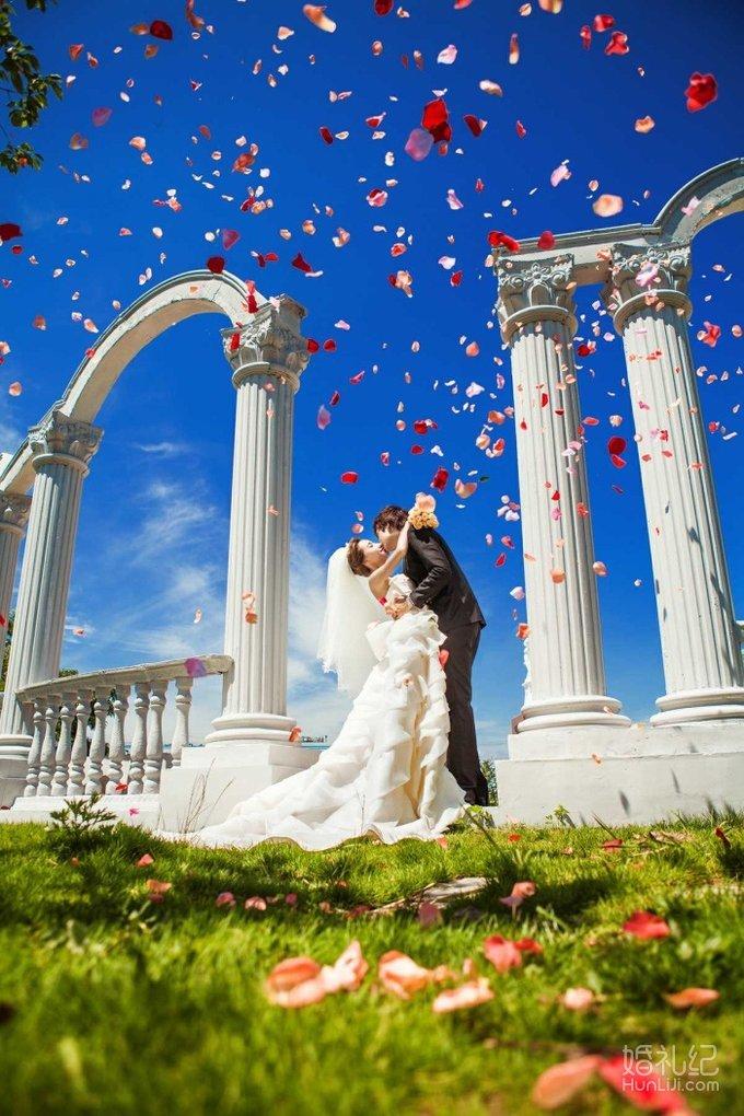 诺丁山实景教堂欧式宫殿,万象环球奢华3d婚纱影城或凤凰传奇摄影棚