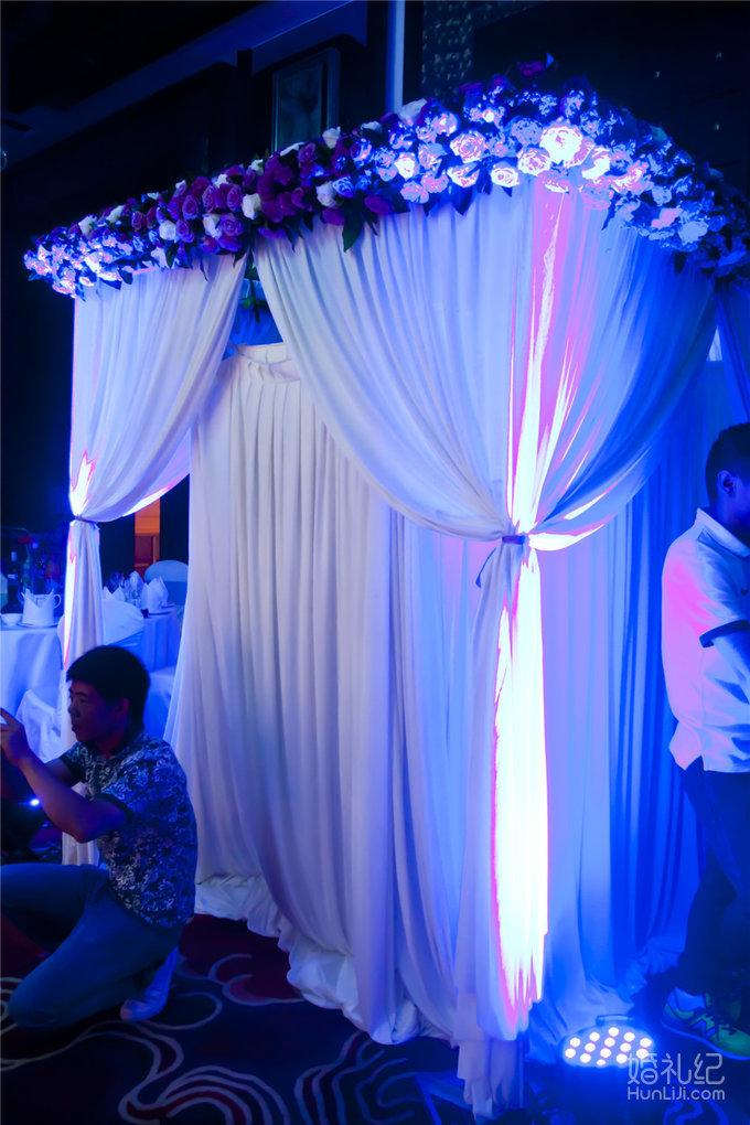 婚礼欧式纱幔天蓝色系
