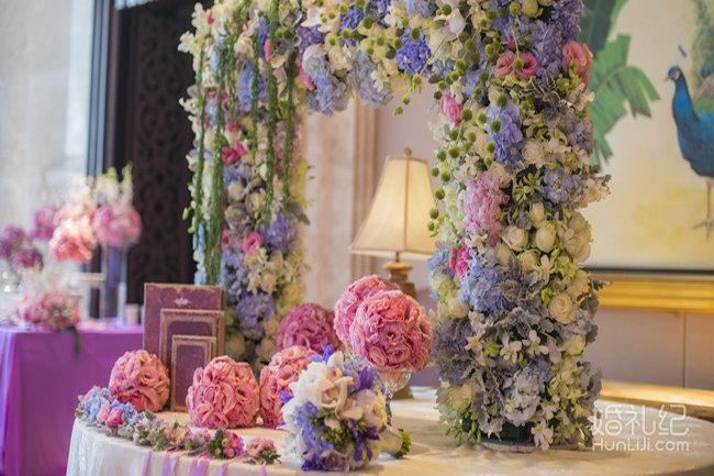 婚礼迎宾牌花环素材