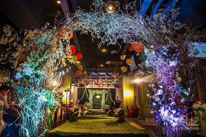 花艺细节 追光,ledpar灯等 免费的专业婚礼设计 7.