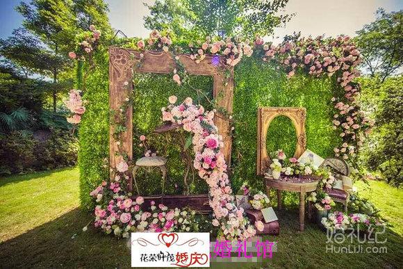 婚礼背景喷绘立体花墙素材图库